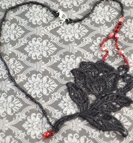 gothic-rose-necklace-1