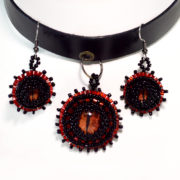 black and red choker set