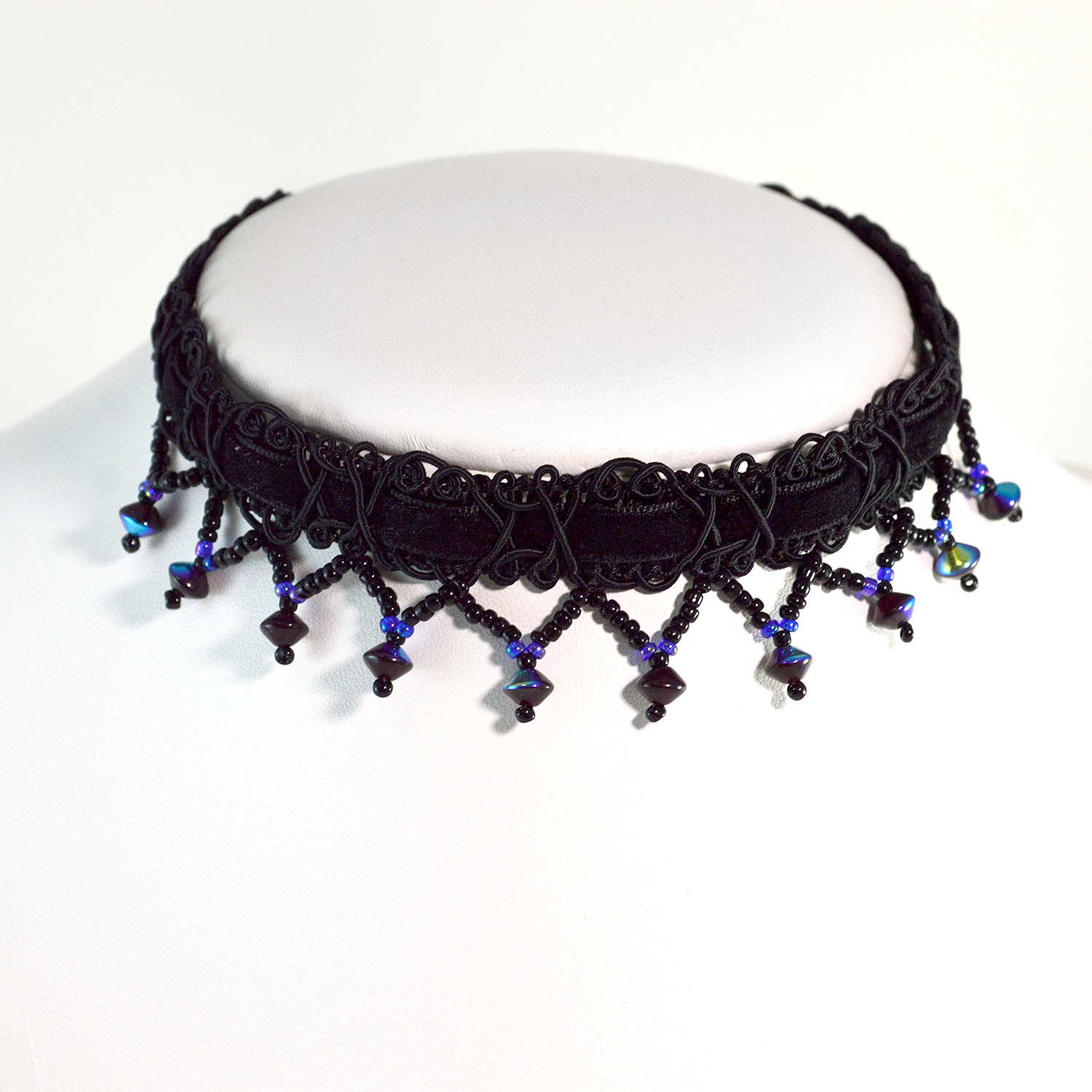 how to make a gothic lace choker