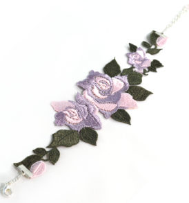 Regal Rose Choker